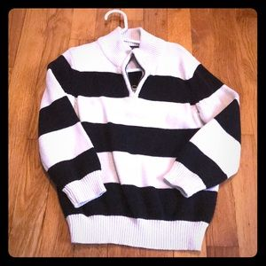 Children's Place boys pull over sweater